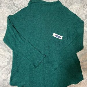 NWT Old Navy Sweater - Size Medium
